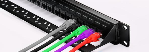 配线架的接线方式与卡接式配线架一样,直接水晶头插上就行.
